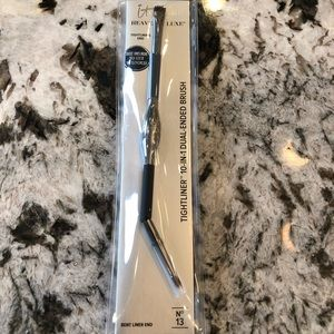 It cosmetics Tightliner dual ended brush